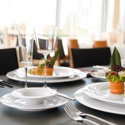 Speiseteller eckig 32 cm Platzteller Teller Seltmann Weiden SAVOY Hotel Gastro